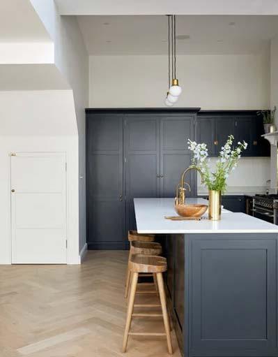 کابینت مشکی آشپزخانه